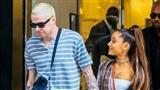 Che hình xăm tên Pete Davidson, Ariana Grande vô tình có hình xăm đôi với tình cũ