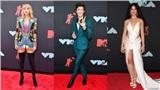 Thảm đỏ VMAs 2019: Taylor Swift rực rỡ, Shawn Mendes và Camila Cabello không chụp ảnh cùng nhau