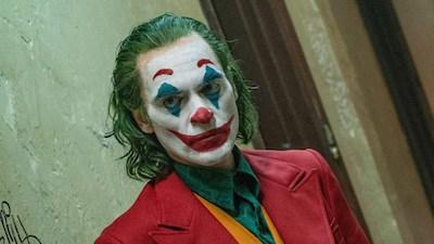 'Joker' vượt mặt 'Deadpool' trở thành phim dán nhãn R có doanh thu cao nhất mọi thời đại