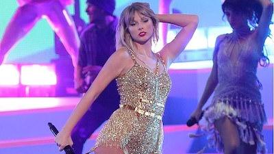Taylor Swift huỷ toàn bộ lịch diễn trong năm 2020 vì Covid-19, kể cả tour diễn được mong đợi 'Love Fest'