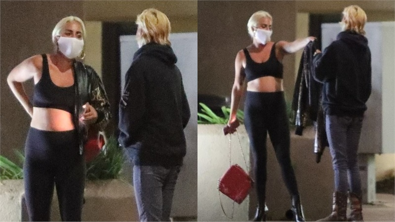 Fan bắt gặp và xin chữ ký nhưng Lady Gaga lại tặng luôn cả áo khoác da đắt tiền