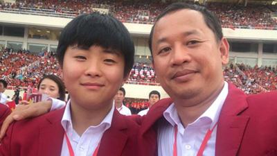 Chàng trợ lý tiếng Anh điển trai của HLV Park Hang Seo viết tâm thư chào tạm biệt Việt Nam