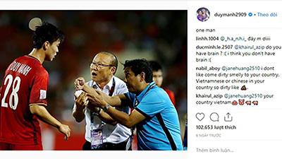 Duy Mạnh bị CĐV Malaysia tấn công Instagram vì hành động đánh nguội cầu thủ đội bạn