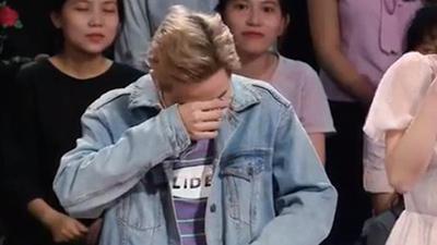 Thanh Duy bị chê diễn sâu vì bật khóc khi gặp Đan Trường và cái kết