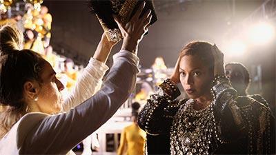 Dù sở hữu hàng loạt bản hit và giải Grammy, nhưng đến tận bây giờBeyoncémới có được MV tỷ view