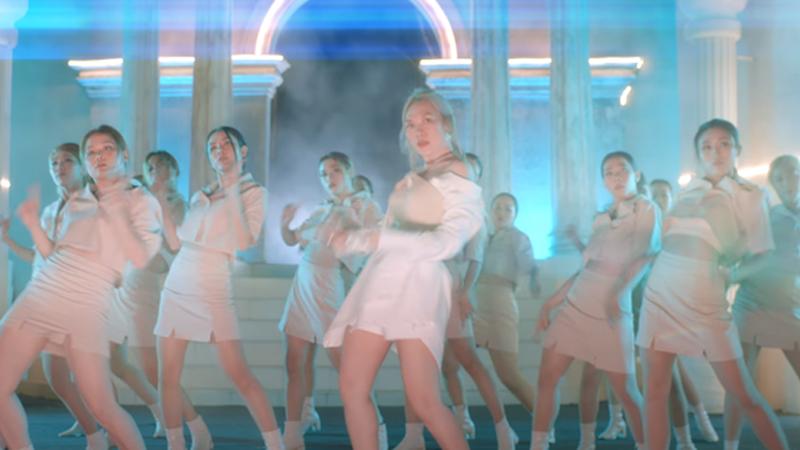 Xem vũ đạo của Mỹ Tâm trong MV mới, khán giả bật cười: 'Chị Đại nhảy thì sai cũng thành đúng'