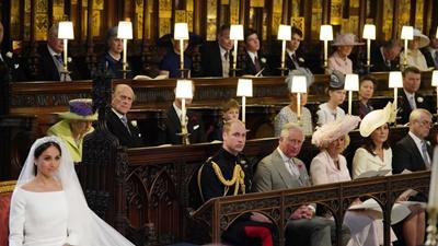 Tiết lộ lý do Hoàng tử William ngồi cạnh một chiếc ghế trống trong suốt lễ cưới em trai