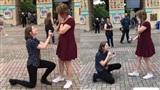 Cầu hôn bạn gái đồng tính và điều bất ngờ đã xảy ra