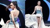 Hoa hậu Hương Giang trình diễn đầy cuốn hút trong vai trò vedette