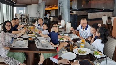 Lần hiếm hoi MC Lại Văn Sâm tiết lộ các thành viên trong gia đình sau vài chục năm gắn bó với khán giả truyền hình