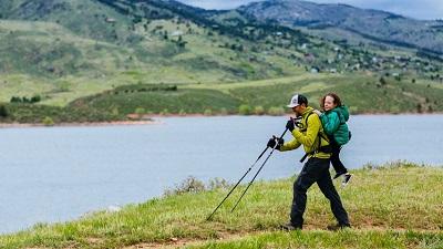 Người phụ nữ bị liệt kết hợp với anh chàng mù để cùng theo đuổi đam mê leo núi