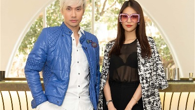 Sau đám cưới cổ tích, Lan Khuê xuất hiện rạng rỡ trong buổi casting show kỷ niệm 10 năm của Lý Quí Khánh