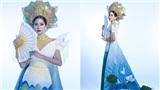 Hoàng Hạnh mang quốc phục hoa sen đính kết 5000 viên pha lê tới Miss Earth 2019