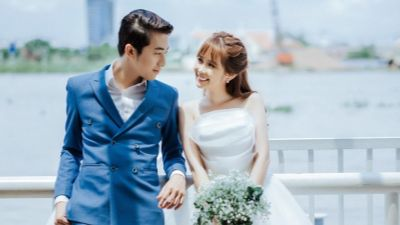 Vừa thông báo kết hôn, Cris Phan đã bị hội 'anh em cây khế' vào xin ngay chân đánh đàn, DJ đám cưới