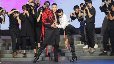 Thanh Hằng tung chiêu độc, giúp Mạc Trung Kiên tỏa sáng trong vòng thi quyết định của Chung kết The Face Vietnam 2018