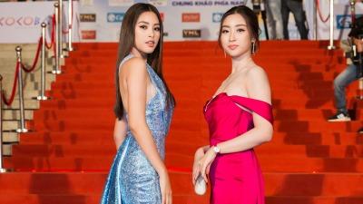 Tiểu Vy đẹp sắc sảo, sánh đôi bên Đỗ Mỹ Linh ngọt ngào trong đêm Chung khảo phía Nam Miss Word 2019