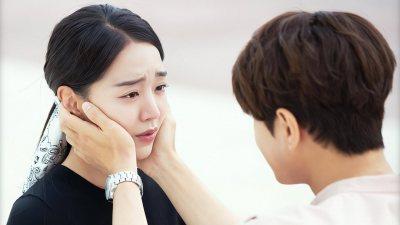 'Sứ mệnh cuối của thiên thần': Yêu L (Infinite) rồi, Shin Hye Sun bỗng nữ tính lạ thường!
