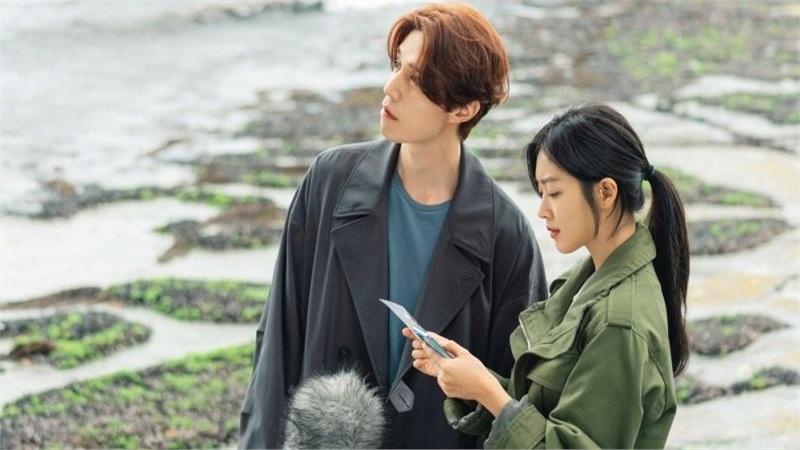 'Bạn trai tôi là hồ ly' trong mắt khán giả Trung Quốc: Nội dung cũ rích, giống vô vàn phim khác, ngắm Lee Dong Wook là chính!