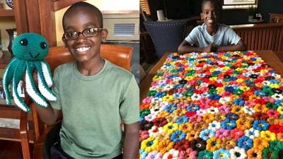 'Thần đồng đan len' 11 tuổi kiếm được hàng ngàn đô la để xây thư viện cho trẻ em mồ côi