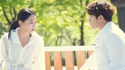 'Sứ mệnh cuối của thiên thần' tập 1-2: Tưởng 'bánh bèo' mà Yeon Seo hóa ra lại 'soái' không tưởng