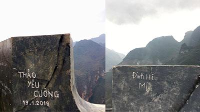 Dòng chữ yêu thương khắc đậm trên đỉnh Mã Pí Lèng khiến cộng đồng phượt phẫn nộ