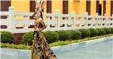 Việt Nam đạt giải nhất Quốc phục tại Hoa hậu Trái Đất với 'Mẹ Âu Cơ'