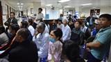 Xúc động khoảnh khắc hàng chục bệnh nhân quên nỗi đau bệnh tật, hào hứng cổ vũ đội tuyển Việt Nam