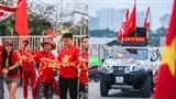 Cổ động viên phủ đỏ sân Mỹ Đình cổ vũ tuyển nhà trong trận so tài với U23 Brunei