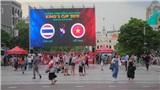 CĐV Sài Gòn 'đổ xô' đến Phố đi bộ Nguyễn Huệ, đặt niềm tin tuyển Việt Nam sẽ thắng Thái Lan