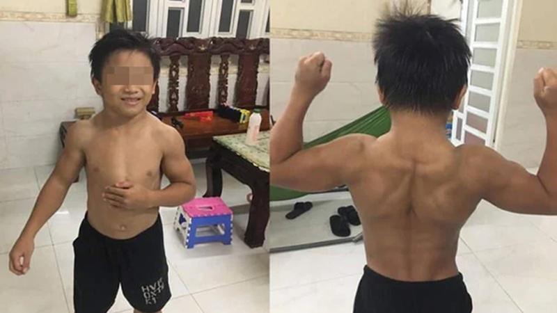 Cậu bé 10 tuổi người Việt không tập luyện vẫn cuồn cuộn cơ bắp '6 múi'