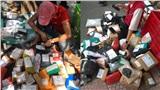 Hậu 'săn sale': Shipper nhộn nhịp bày trăm đơn hàng như tiệm tạp hóa, bắc cả loa gọi khách xuống nhận đồ