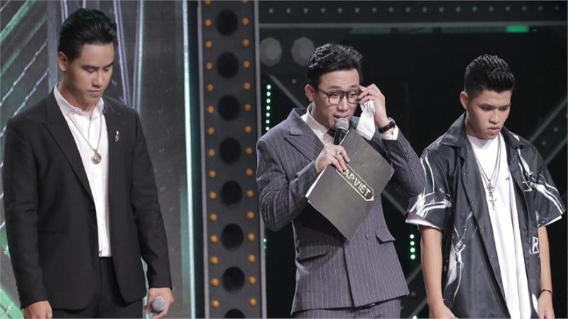 Trấn Thành và 3 lần 'mít ướt' trong Rap Việt: 'Tôi không diễn trên sân khấu', 'nước mắt này là thật'