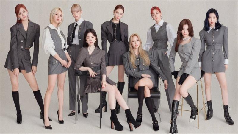 Twice chính thức comeback với 'I can't stop me': Visual đẹp hết nấc nhưng sao giống bài múa mừng xuân thế này?