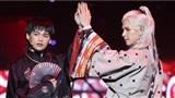 Nguyễn Trần Trung Quân 'đánh úp' khán giả khi trình diễn ca khúc mới toanh cùng trang phục đầu tư công phu