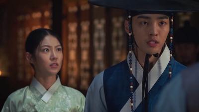 'Biệt đội hoa hòe: Trung tâm mai mối Joseon' tập 8: Kim Min Jae phát hiện ra phụ thân giết Thế tử, tình cha con liệu có bền lâu?