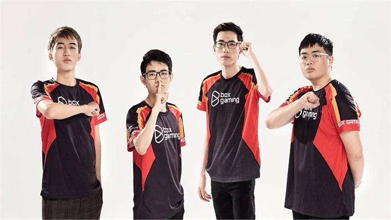 Fan hâm mộ cười 'rớt hàm' với cách trả lời phỏng vấn cực 'lầy' của Box Gaming tại chung kết SEA Finals S2