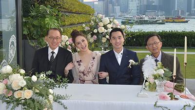 Ông trùm làng giải trí Hong Kong Dương Thụ Thành làm người 'chứng hôn' cho Chung Hân Đồng