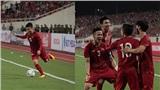 Cầu thủ Việt Nam reo hò trước màn sút volley thủng lưới tuyển Malaysia của Quang Hải