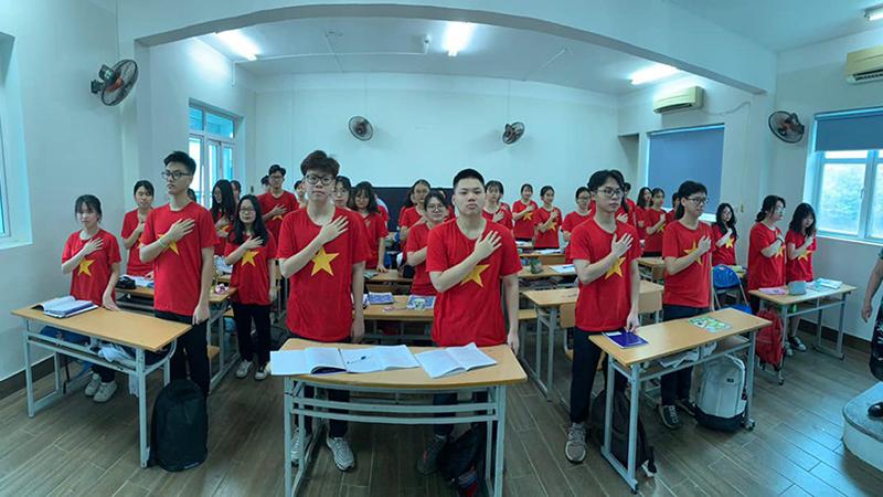 Buổi chào cờ đặc biệt nhất của học sinh trường Lương Thế Vinh