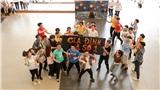 Học giỏi, chơi hay, tổ chức sự kiện đỉnh, học sinh chuyên Hà Nội - Amsterdam mang nhạc kịch hoành tráng vào sân trường