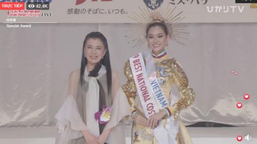 Tường San đạt giải Quốc phục đẹp nhất trong Miss International 2019 mặc cho sự cố trước giờ thi