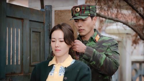 6 lý do khiến 'Hạ cánh nơi anh' trở thành cơn sốt phim cuối năm 2019: Sự kết hợp giữa Hyun Bin và Son Ye Jin thực sự bùng nổ