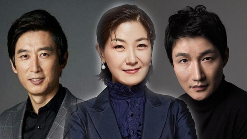 Trong một ngày, hai sao Hàn có kết quả dương tính với Covid-19