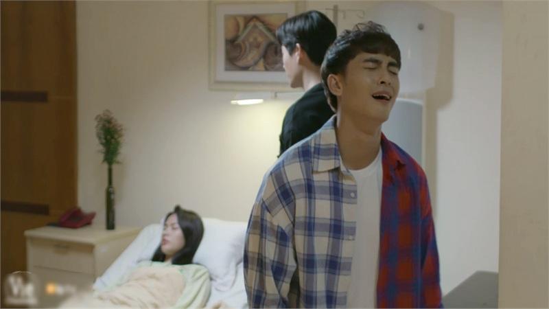 'Chọc tức vợ yêu' tập 13: Tổng tài Gia Bách cơm bưng nước rót chăm sóc người yêu bệnh khiến thanh niên F.A Gia Khang nhận 'cẩu lương' mệt nghỉ