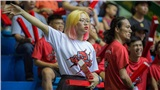 Fangirl từng dành tiền ăn hàng tháng trời để bay ra Hà Nội tiếp tục xuất hiện ở Cần Thơ cổ vũ Thang Long Warriors