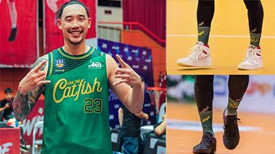 Tâm Đinh lần đầu trải lòng về đôi giày bị thay trong trận tiếp đón Thang Long Warriors trên sân Cần Thơ