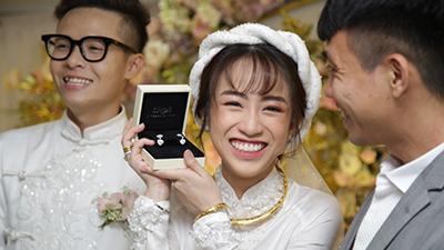 Tiết lộ kinh phí tổ chức tiệc cưới con gái Minh Nhựa đã phải lên tới 20 tỷ đồng, riêng tiền hoa trang trí đã là 700 triệu!