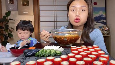 Quỳnh Trần JP bất ngờ lọt top 23 trên bảng xếp hạng các kênh Youtube tại Nhật, chính chủ cảm thán một câu khiến ai cũng bật cười