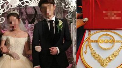 Đêm tân hôn mẹ chồng gõ cửa đòi giữ vàng cưới, nàng dâu tỉnh bơ đáp: 'Đồ giả hết mà mẹ' song sự thật phía sau mới cười ra nước mắt
