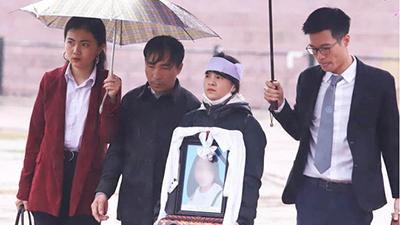 Bố nữ sinh giao gà: 3 năm tù với Bùi Thị Kim Thu là quá nhẹ, gia đình cân nhắc kháng cáo tăng hình phạt